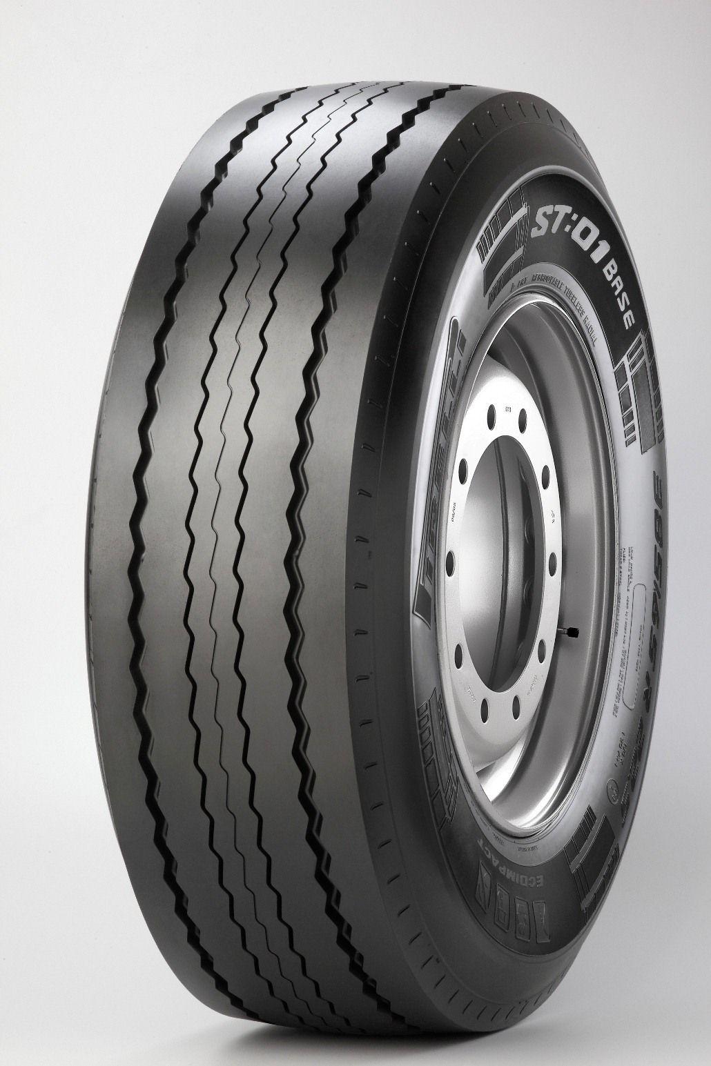 PIRELLI-24570-R-195-01-MS-141140J-FRT-Tehergepkocsi-Pot-gumi