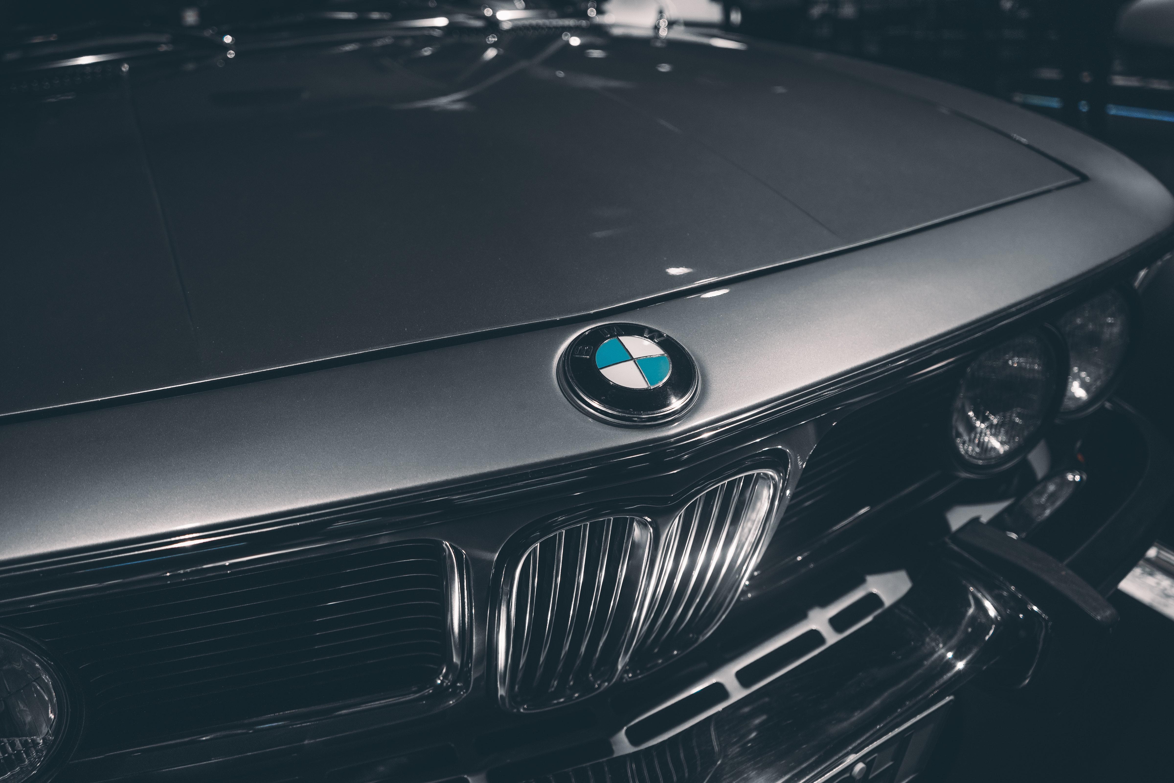 Egyedi-Bridgestone-abroncsok-csak-a-BMW-nek